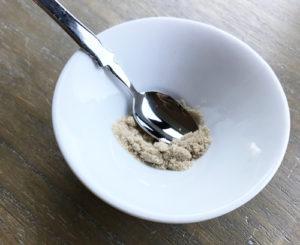 抗生物質と砂糖を混ぜる