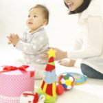 【生後7ヶ月】赤ちゃんの平均体重・身長・胸囲・頭囲《成長曲線》